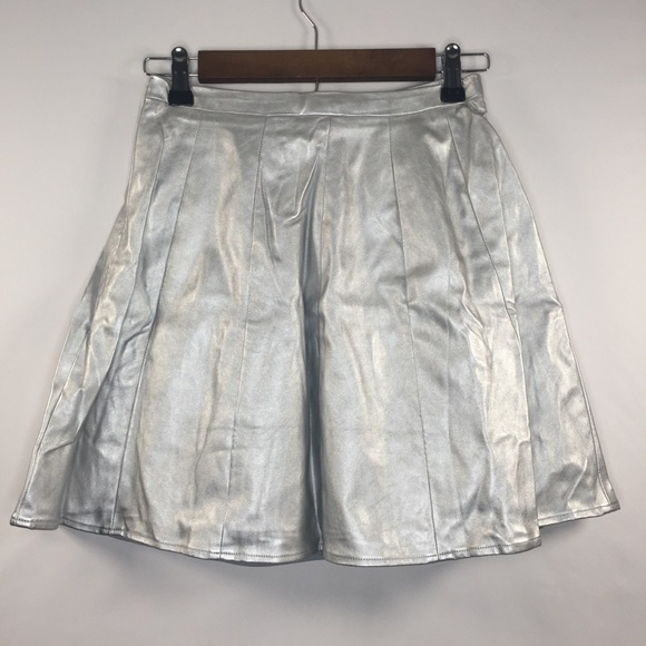 Ark & Co Dresses & Skirts - Ark & Co Small Polyester Silver Faux Leather Skirt